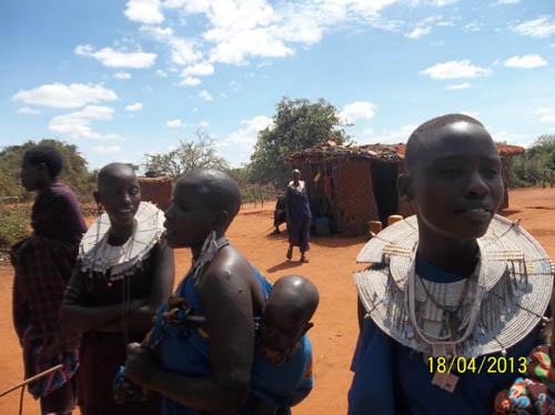 Massai FrauenK
