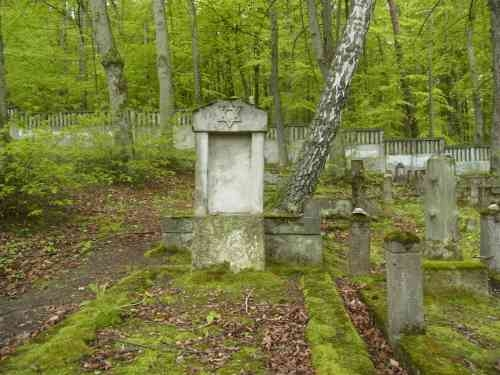 cmentarz-dziewczyna-zagadka (10)