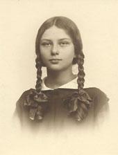 2._Julia_Hrebnicka_ok_1930