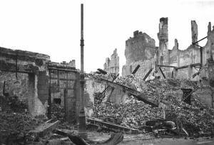 2._Warszawa_Miodowa_23_fot_St_Hrebnicki_ok_1946