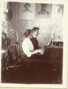 2_Wielkanoc_1909_Lesnyj_Petersburg_M_Hrebnicka_i_Konstan