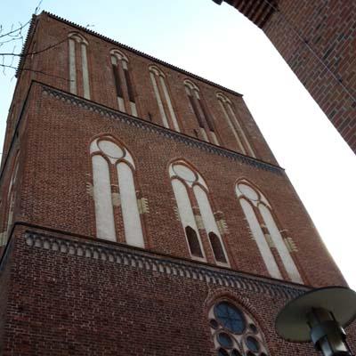 katedra front klein