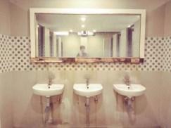 Selfie in der Toilette